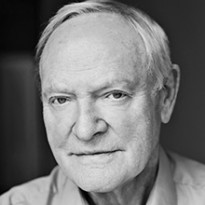 Julian Glover alt=